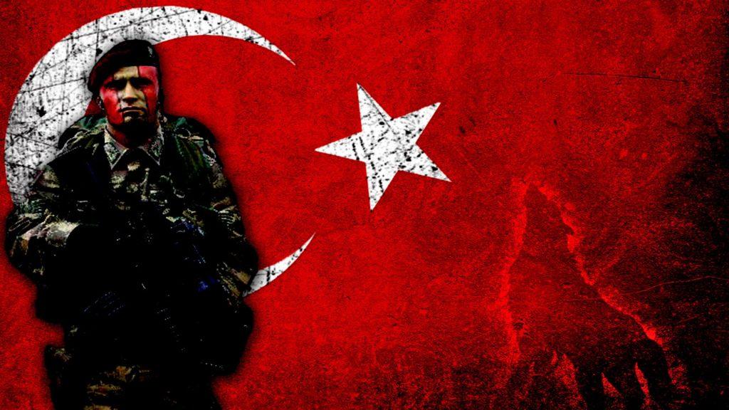 Türk bayrağı asker